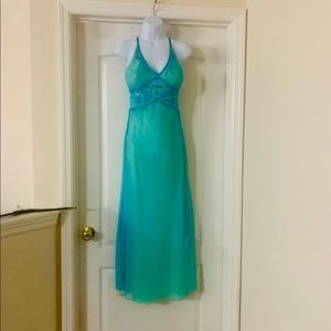 Dave & Johnny iridescent gown NWOT